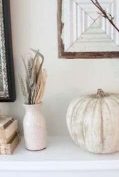 chalk paint pumpkins, crafts, seasonal holiday decor