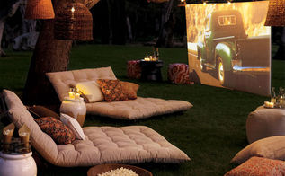 don t forget the popcorn movie nights, outdoor living, Create a place outdoors for a fun family movie night These are pretty popular in my area