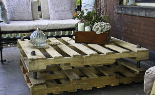 industrial look pallet coffee table, diy renovations projects, pallet projects, repurposing upcycling, without slats not practical