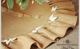 christmas tree skirt pattern, crafts, flowers, The covered buttons really made this tree skirt look rich
