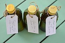easy diy for hostess gifts this holiday season, crafts, gift gifting Christmas present hostess oil flavored oil anise fennel bay amy renea a nest for all seasons tags