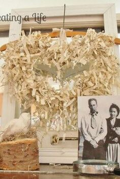 paper heart wreath easy way to make crinkled paper, repurposing upcycling, valentines day ideas, wreaths