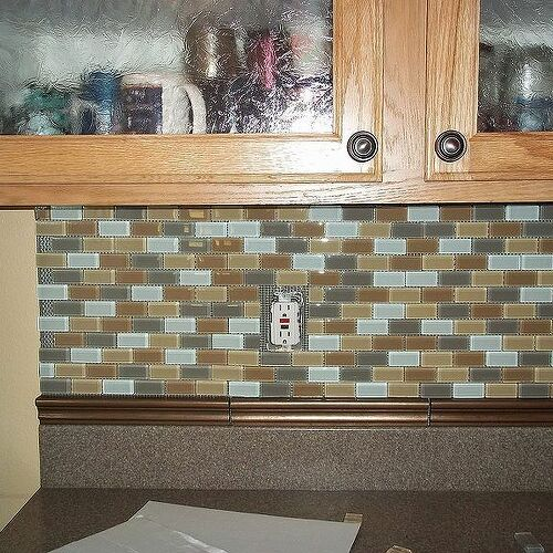 this is the backsplash before I put the outlet plates on.