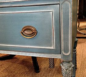 Waxing Painted Wood Furniture -  Wooden Style
