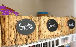 tip for organizing a pantry, closet, organizing, Faux chalkboard labels for each basket