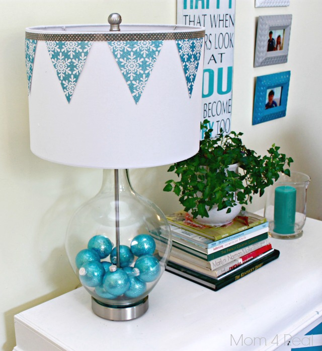 Decorate A Fillable Glass Lamp For The Holdays Home Decor Lighting Lamps Filled