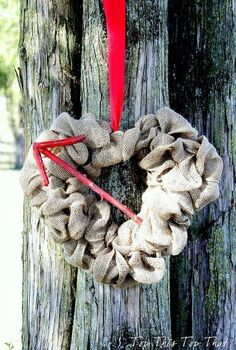 burlap heart wreath, crafts, seasonal holiday decor, valentines day ideas