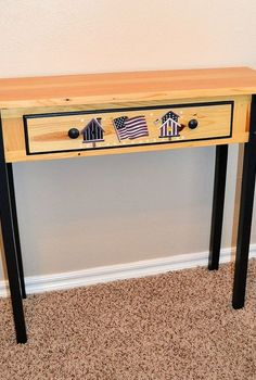 a knock down table hack with pallet lumber, diy, painted furniture, pallet, Golden pine and handpainted Americana um no