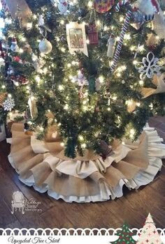diy christmas tree skirt, christmas decorations, crafts, seasonal holiday decor