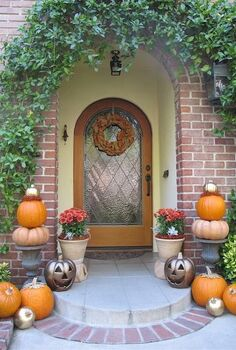 my fall front porch, porches, seasonal holiday decor, Front fall porch decor by