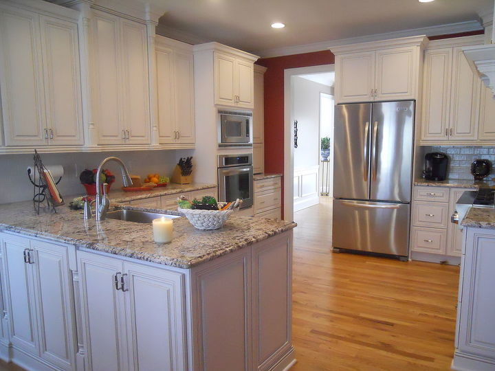 this is a recent kitchen with a food theme the video link is, home decor, kitchen design
