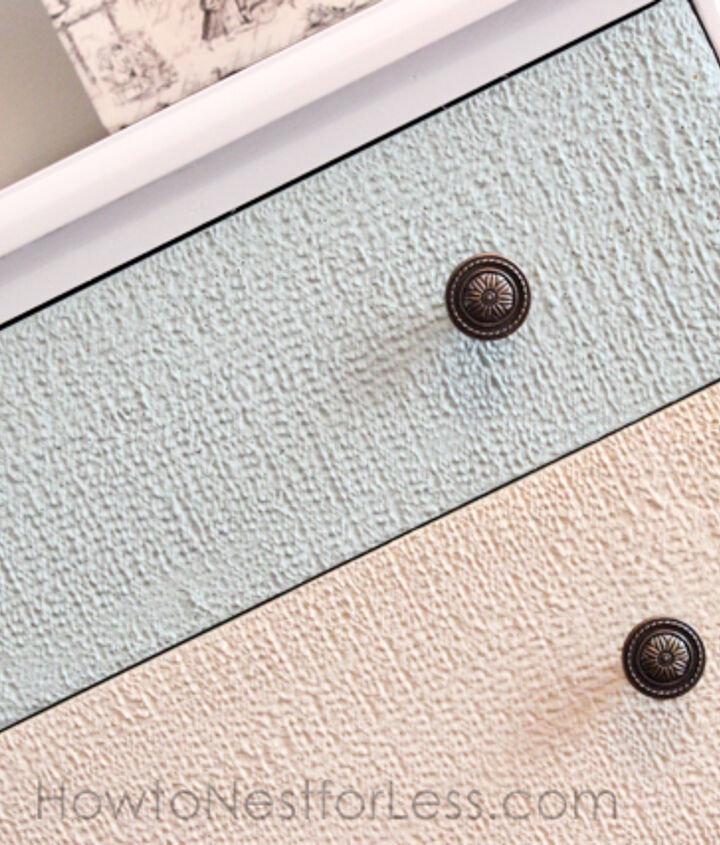 Detail of texture in drawers