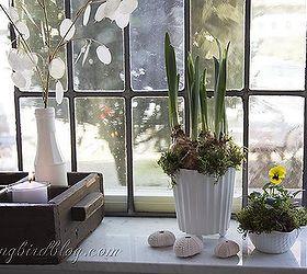Amazing Spring Decoating On The Window Sill, Home Decor, Seasonal Holiday Decor, No  Decoration