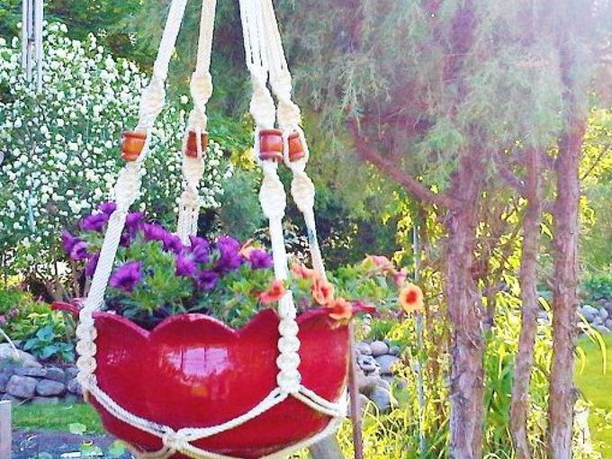 create a flower planter from an old tire, flowers, gardening, repurposing upcycling