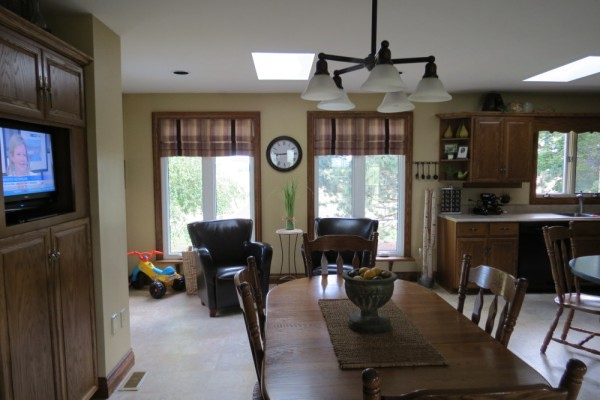 Kitchen table and sitting area.