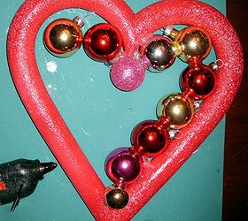 How To Make A Valentine Ornament Wreath, Crafts, Seasonal Holiday Decor,  Valentines Day