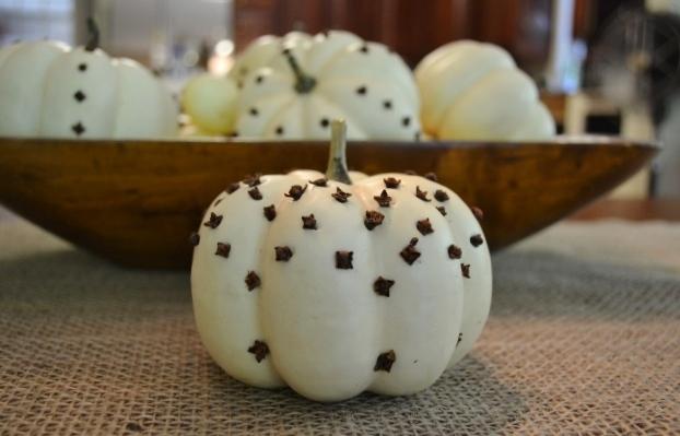 pumpkin pomanders for fall, container gardening, crafts, gardening, seasonal holiday decor