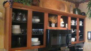 q kitchen cabinet doors off or on, kitchen cabinets, kitchen design, kitchen island