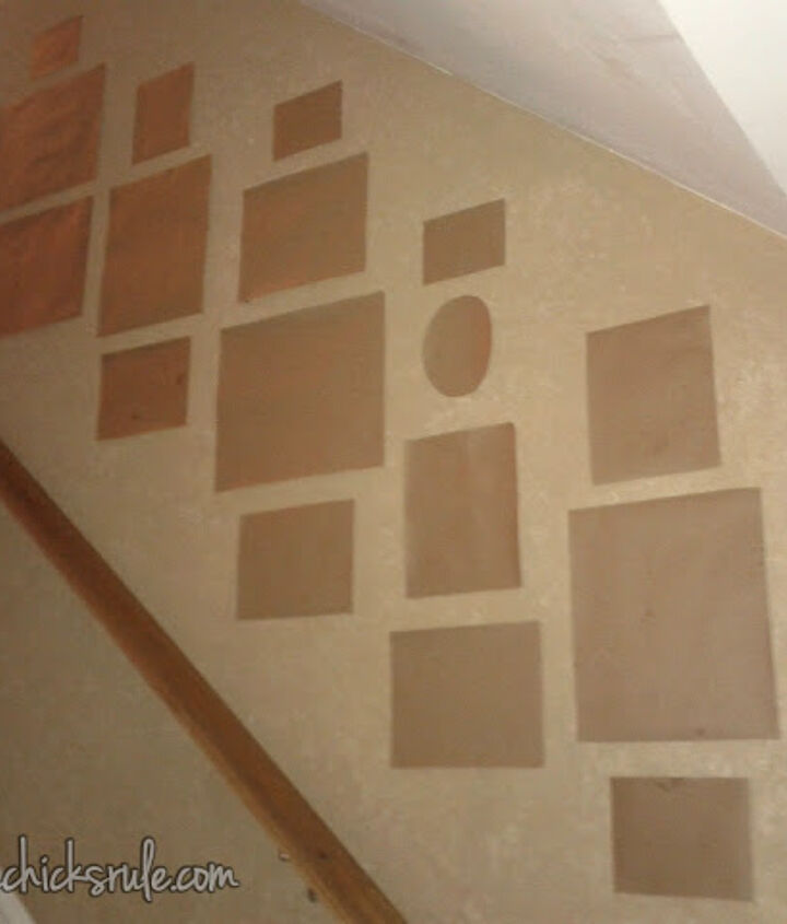 a gallery wall the thrifty way, home decor, Easy way to figure out placement without messing up your walls