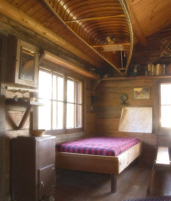 boat decor on the cieling, bedroom ideas, home decor