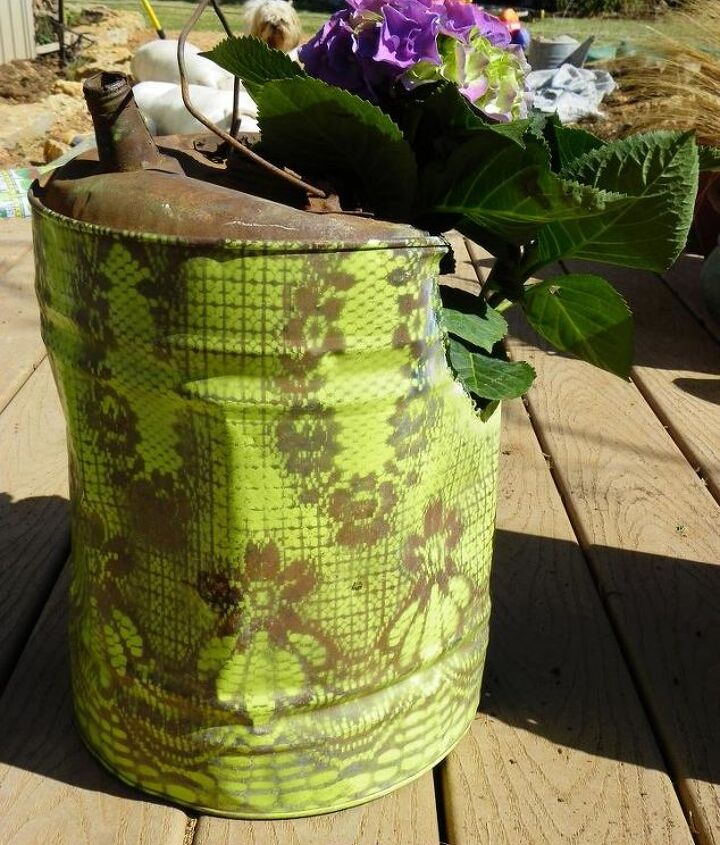 painted vintage gas cans, gardening, painting, repurposing upcycling