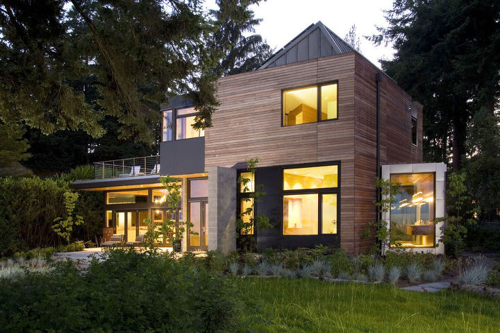 Waterside Exterior _ Ellis Residence, Coates Design Architects, Seattle (photo by Roger Turk)