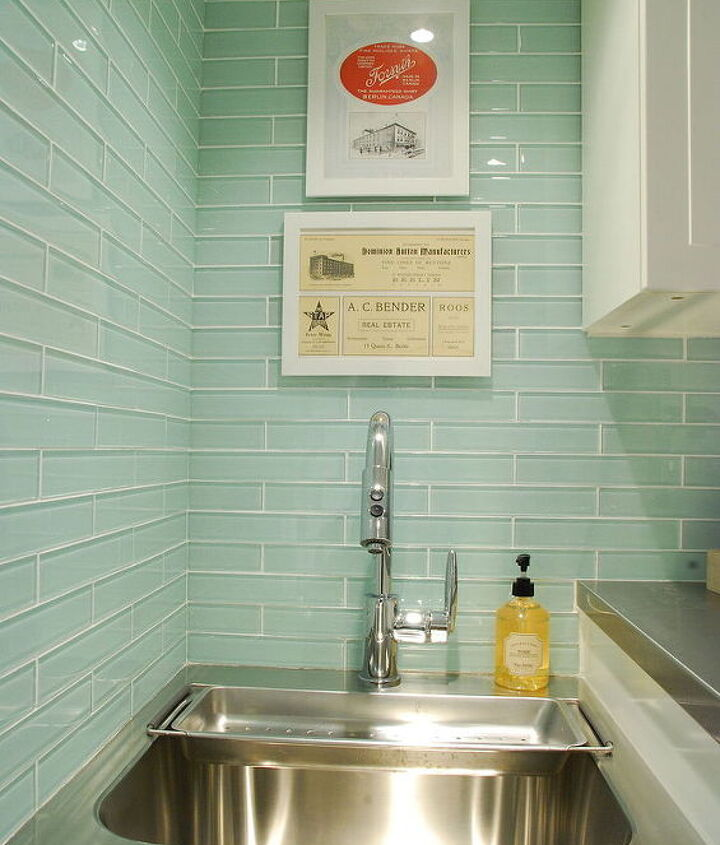 small laundry room with big style, home decor, laundry rooms
