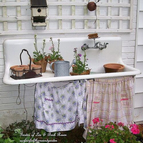 Oh goodness... how adorable is this old sink idea? Rose, you are amazing! By Fairfield Home and Garden at: http://ourfairfieldhomeandgarden.com/everything-including-the-kitchen-sink/