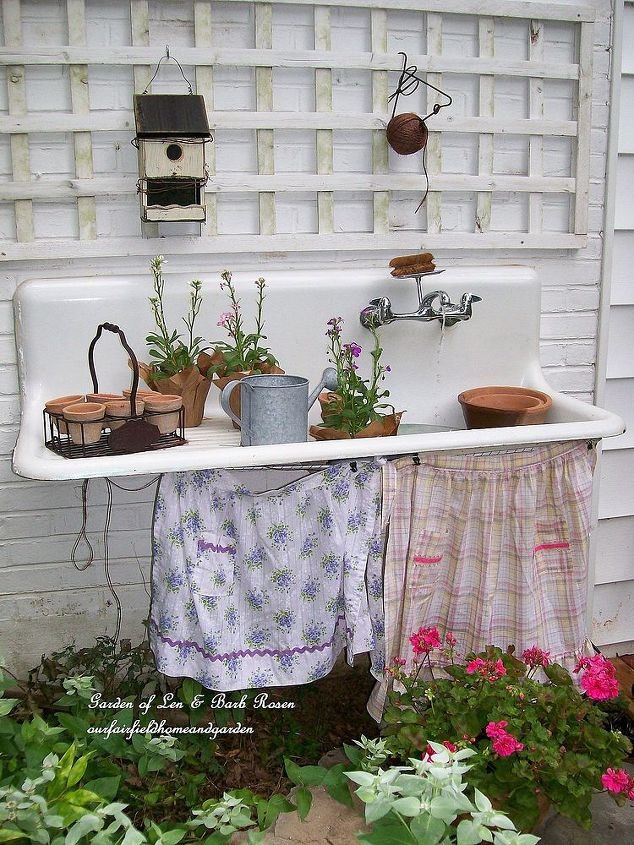 q i want to make a water fountain, outdoor living, ponds water features, Oh goodness how adorable is this old sink idea Rose you are amazing By Fairfield Home and Garden at