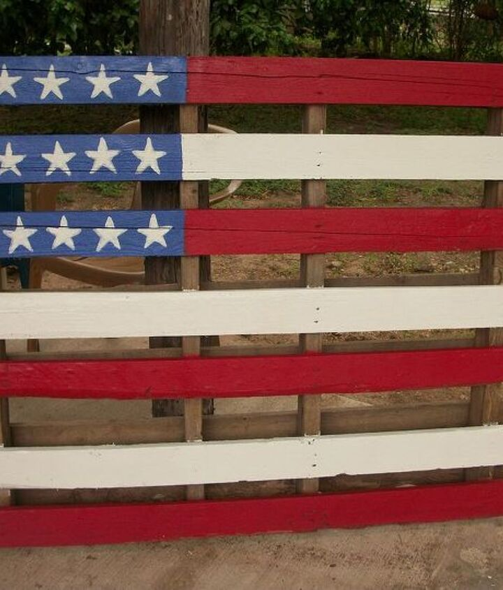 Flag made from pallet