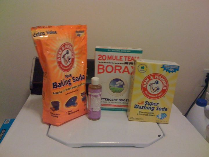 The ingredients of my DIY laundry detergent recipe