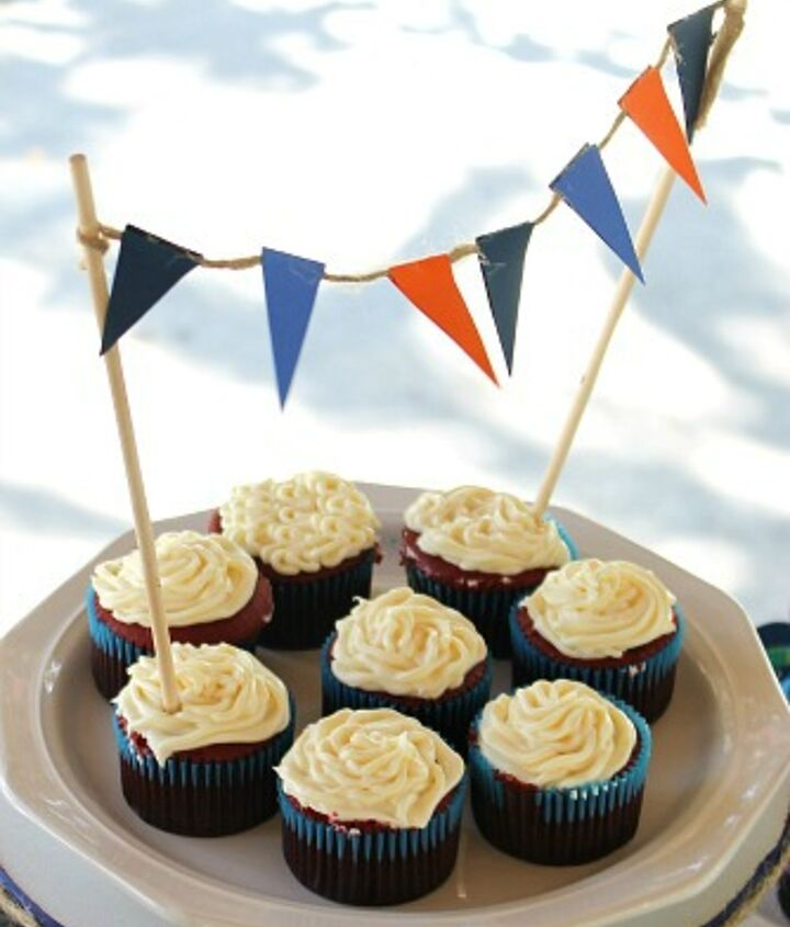 Cupcake Topper idea, flag banner