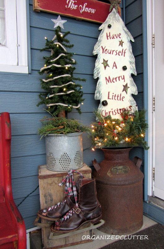 a christmas pew for the patio christmas decorations seasonal holiday decor wreaths