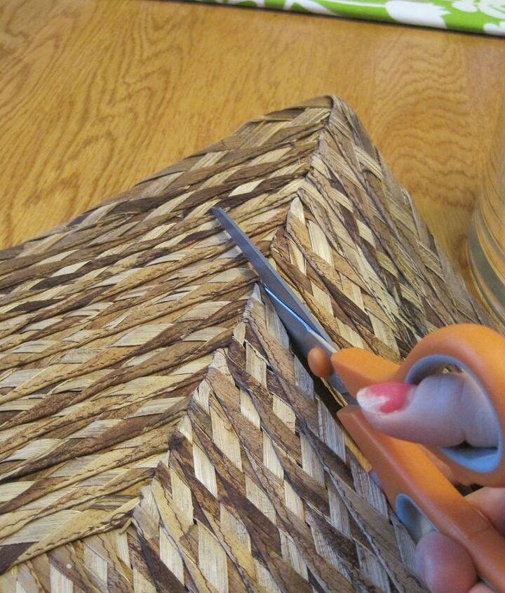 Start by cutting a seagrass place mat into strips.