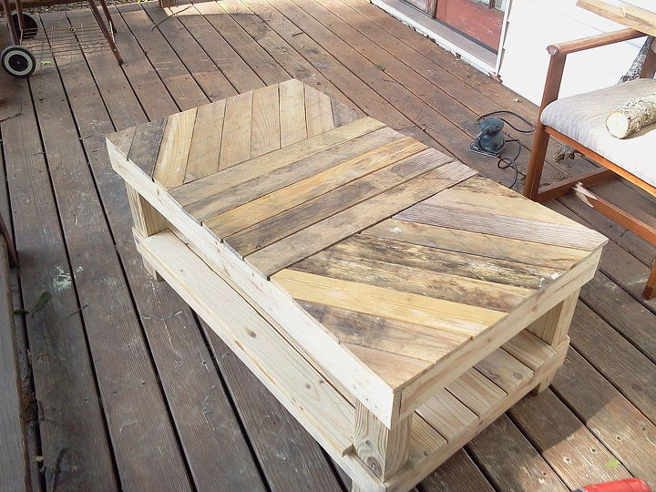 coffee table 2, diy, painted furniture, pallet, woodworking projects