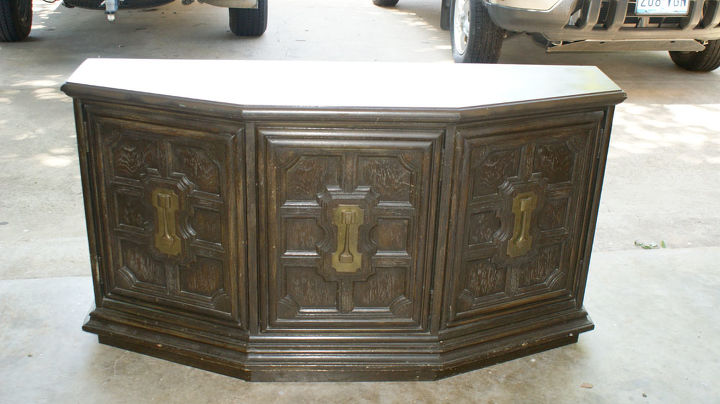 what hardware to use on this piece, painted furniture