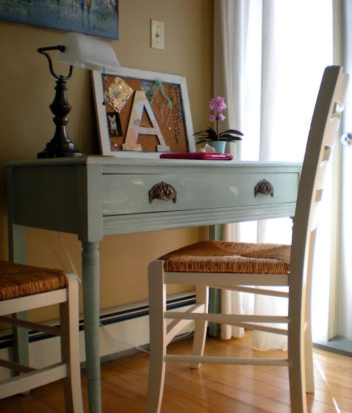 Writing desk transformation from:   http://designdreamsbyanne.blogspot.ca/2013/06/master-bedroom-tour.html