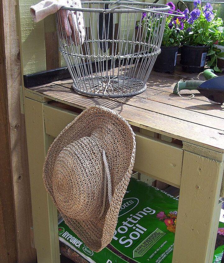 Hooks for hats