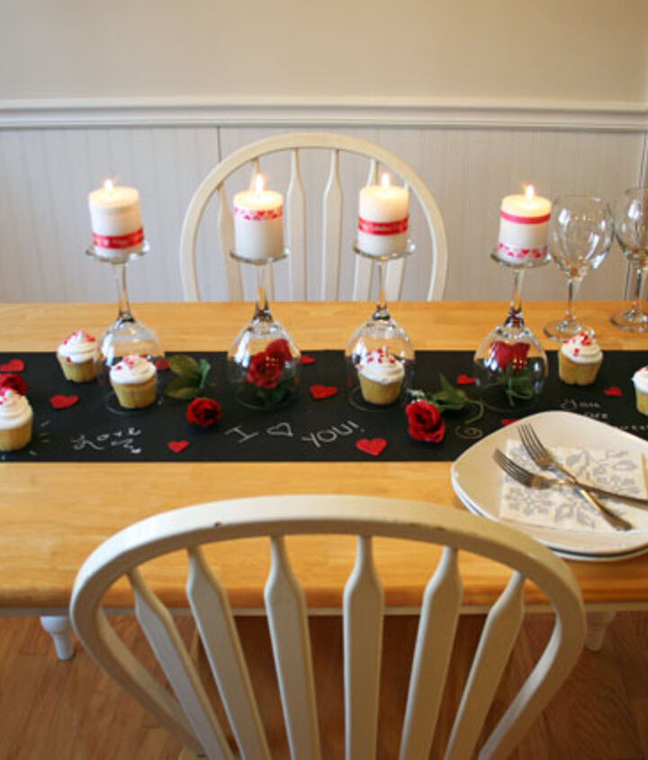Write messages on your chalk board table runner to make it extra special.