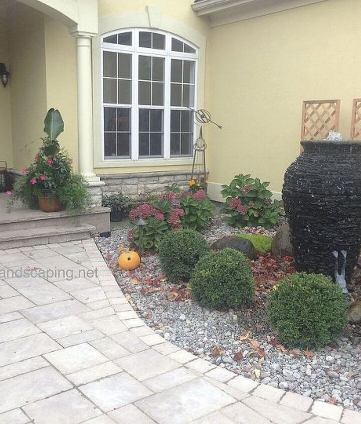 Urn Fountains in Rochester, Monroe County NY