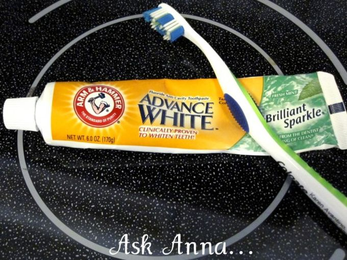 how to clean your glass cooktop, appliances, cleaning tips, I ve used baking soda to clean my stovetop in the past so I thought I d try using the Arm Hammer toothpaste instead of making my own paste It worked GREAT