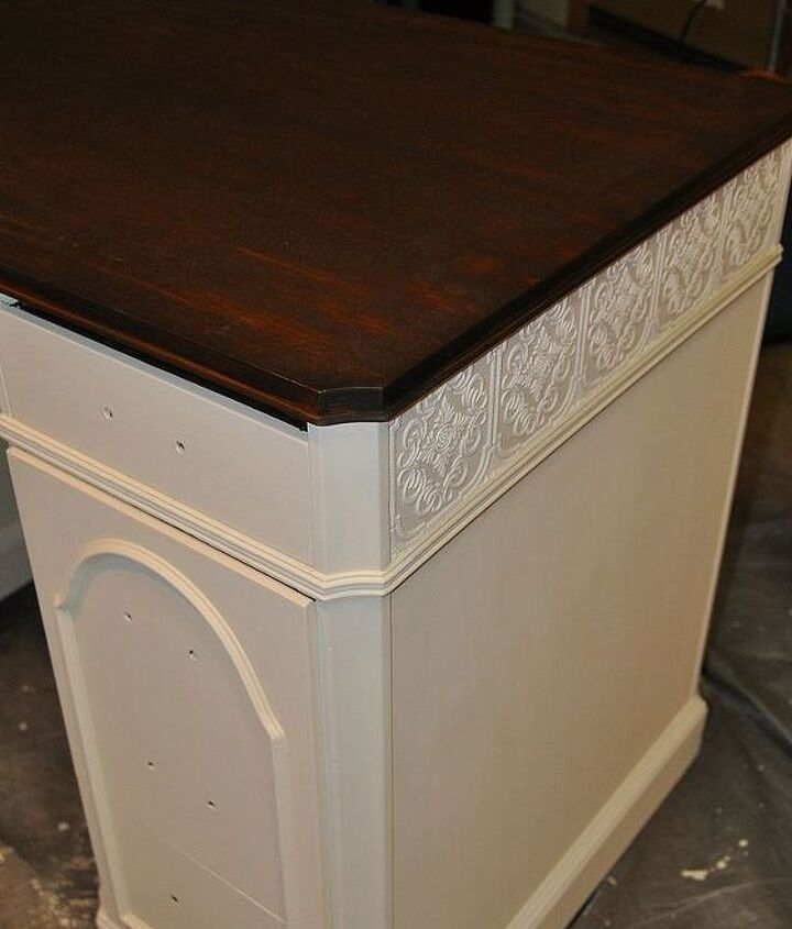 Here is the textured wallpaper I was talking about. Now this desk had the trim detail necessary to be able to use this paper. I go into detail in my blog on how to apply this paper so I am going to let you visit there to find out how.