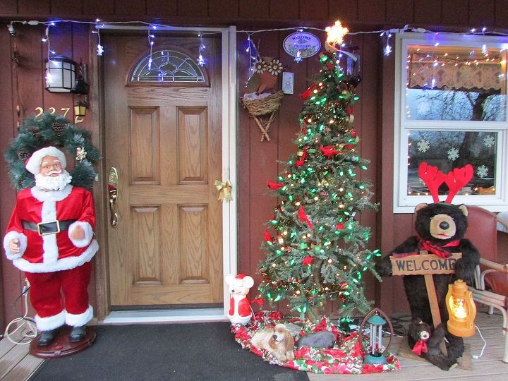 Singing Santa greets you when you walk up to the door with a Christmas song and some great dance moves. My front porch is decorated for the birds and animals. Mr bear will give you a wonderful welcome.