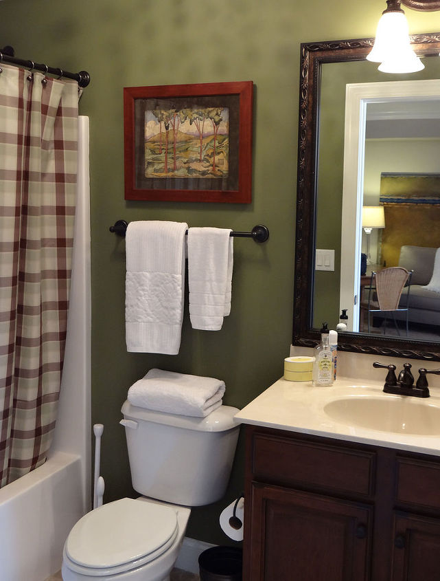 Manly Bathroom Paint Colors: A Mancave Ensuite We Can Agree On