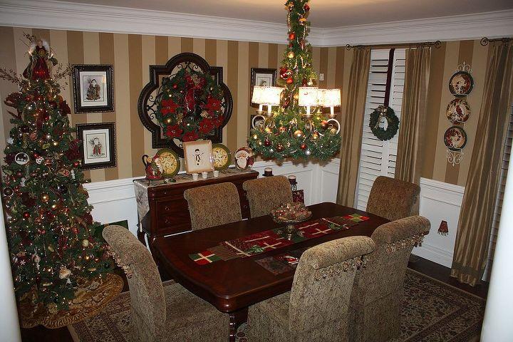 my christmas dining room, christmas decorations, dining room ideas, seasonal holiday decor