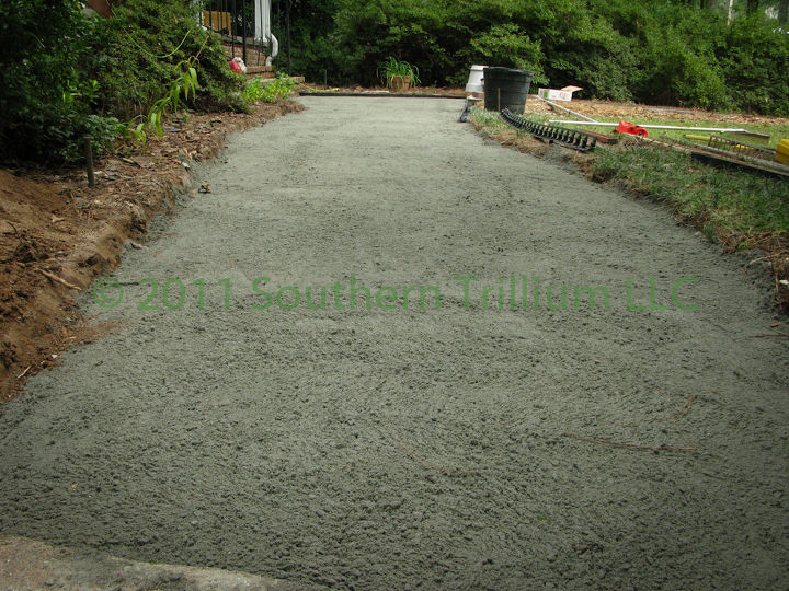 A finished look at the perfectly smooth layer of sand, ready to lay the pavers down.