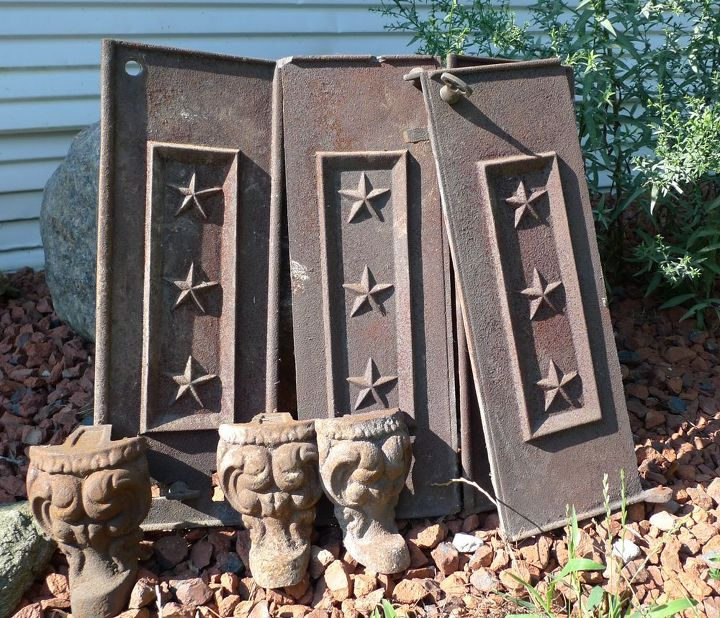 Patriotic perfection - Rusty metal stove doors!