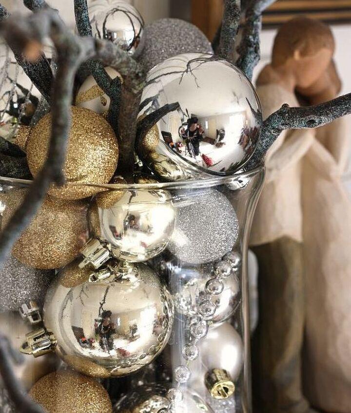 Sticks, ornaments, bead trim