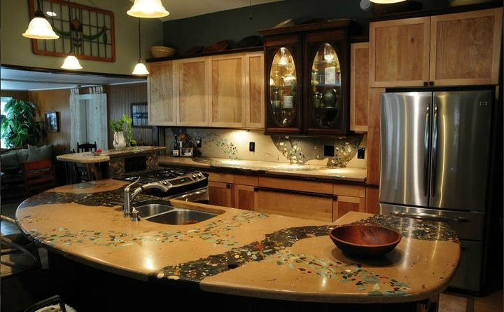 Concrete countertop by Bud Gilbert: www.thecementguy.net