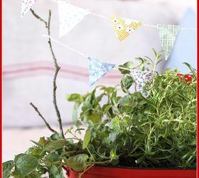 mini kitchen herb garden with bunting gardening